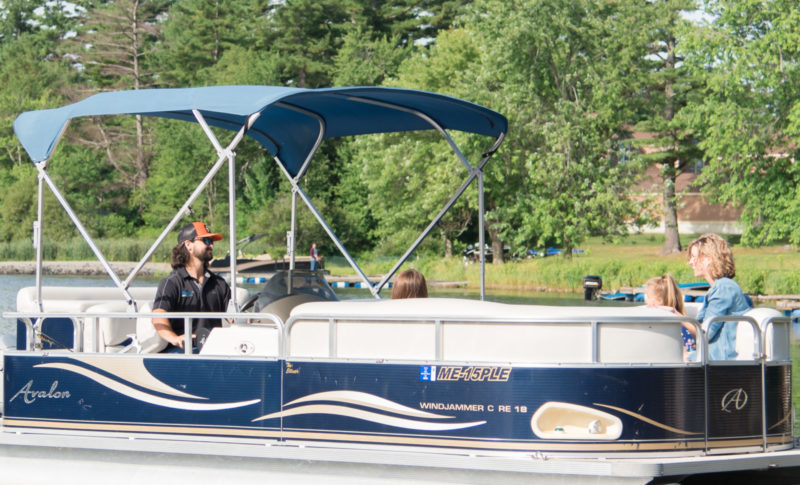 Boat Rentals - Lakeside Lodge & Marina